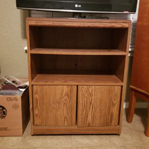 "24""×30"" cabinet/tv stand for Sale in Fort Smith, AR"