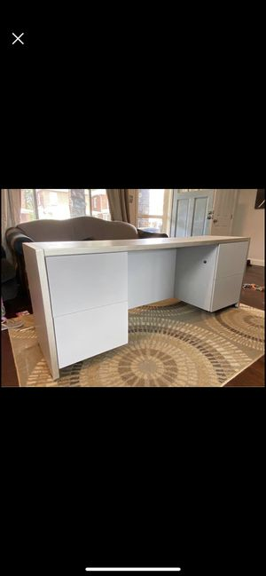 HEAVY office desk for Sale in Pittsburgh, PA