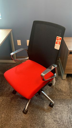 Office chair for Sale in Miami, FL