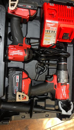Milwaukee FUEL M18 HAMMER DRILL & IMPACT BATTERIES AND CHARGER for Sale in Solon, OH