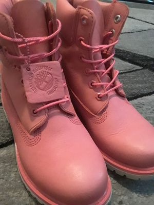 Size 6 Pink Timberlands for Sale in San Diego, CA
