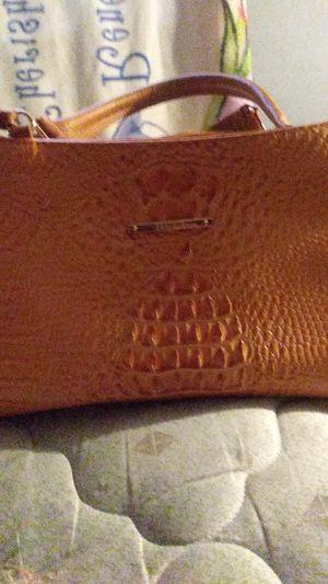 Handbag... Brahmin for Sale in Uniontown, AL