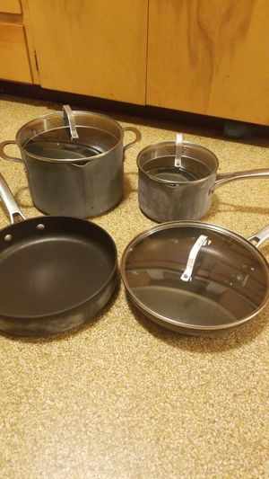 Calphalon pots and pans for Sale in Auburn, WA