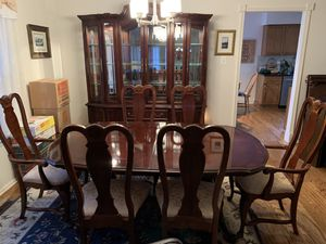 Bernhardt Cherry Dining Room Set for Sale in Newtown, PA
