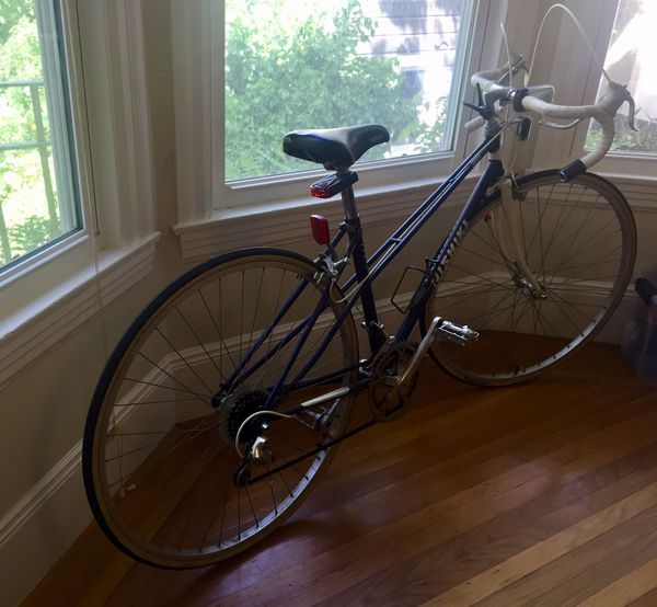 52cm Nishiki Road Bike