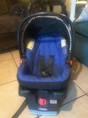Graco car seat clean good condition 35 for Sale in Fort Hood, TX