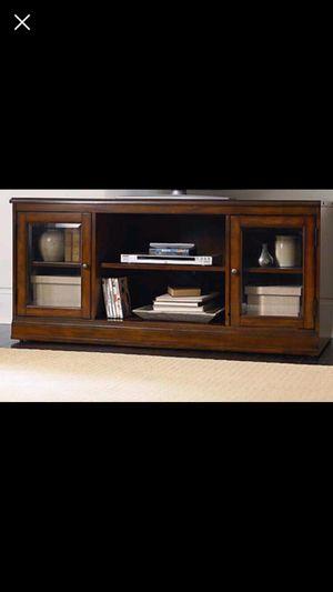 Bassett Furniture Credenza for Sale in Lakeville, MA