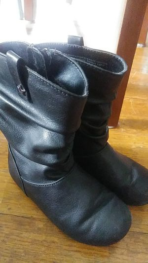 Girl toddler size 9 boots. From The Childrens place. for Sale in Salem, VA