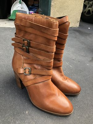 Women boots 9 1/2 for Sale in Costa Mesa, CA