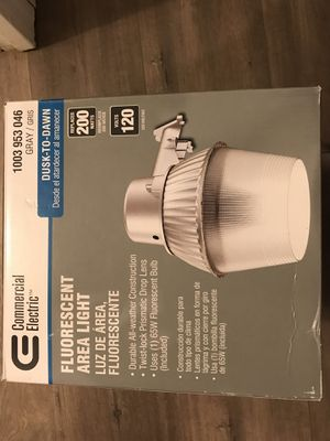 Commercial Electric High-Performanice 65-Watt Fluorescent Area Light and Flood Light, 2800 Lumens, Dusk to Dawn Outdoor Light for Sale in Mesa, AZ
