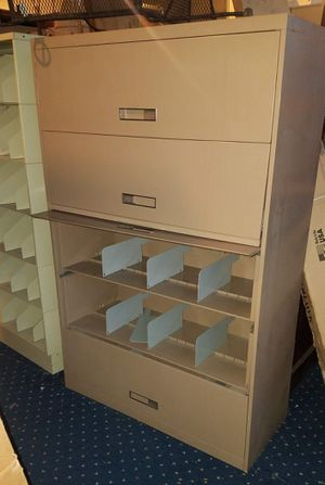 Spacious 42-Inch 5-Drawer Flip-Drawer Lateral File Cabinet. for Sale in Warren, MI