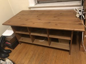 Wood Table/bench/tv console for Sale in Oak Park, IL