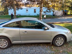 2009 chevy Cobalt ls coupe for Sale in Dexter, ME