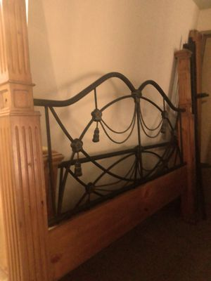 King Bed Frame for Sale in Federal Way, WA