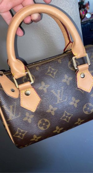 Louis Vuitton Hand bag for Sale in Northglenn, CO