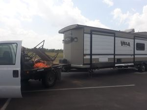 Se Mueven trailas!! Rv MOVERS! Fifth wheel, bumper pull, gooseneck! Message me! for Sale in Mercedes, TX