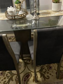 Dinning Table With 6 Chairs for Sale in Kent,  WA