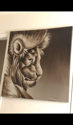 Lion picture for Sale in Belleair Beach, FL