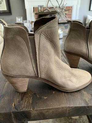LUCKY BRAND ANKLE BOOT for Sale in New Albany, OH
