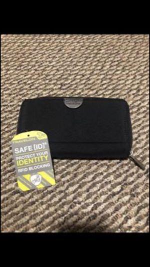 New Travelon wallet for Sale in Benton, AR