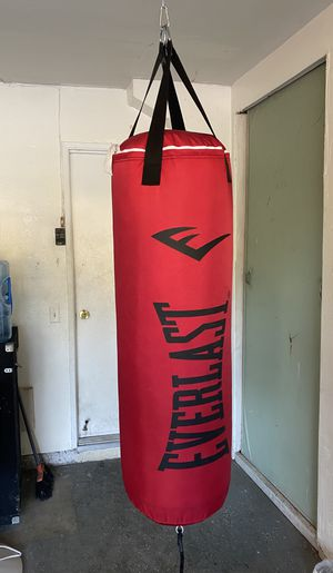 80 lb. Everlast Punching bag. Brand New in the box. $125 Firm. Bag only for Sale in Walnut, CA