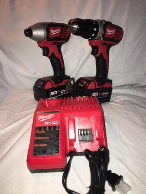 Combo Milwaukee impactó drill 2 baterías 3.0 y cargador nuevo todo precio fijo for Sale in Irving, TX