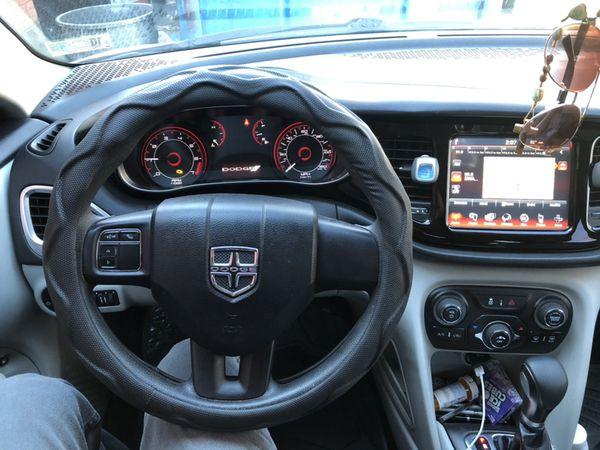 Dodge Dart 2013 título rebuilt todo le funciona al 100 no tiene ningún problema motor al 100 llantas al 75 súper económico solo tiene 116 mil millas p