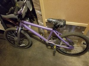 Girls bicycle 🚲 for Sale in Pico Rivera, CA