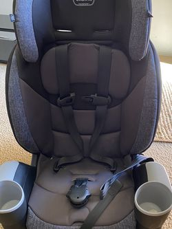 Evenflo Maestro Sport Harness Booster Car Seat for Sale in Los Angeles,  CA