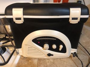 LC Mini Cooler AM. F. M radio An it plays well for Sale in Sterling, KS