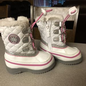 Totes toddler girls snow boots size 5 $25 OBF for Sale in Ceres, CA
