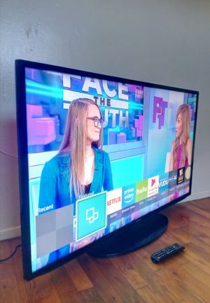 """40"""" SAMSUNG LED SMART HDTV ( FREE DELIVERY ) for Sale in Lynwood, CA"""
