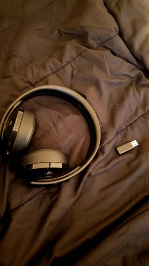 Ps gold headset for Sale in Moreno Valley, CA
