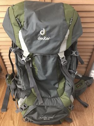 Deuter Futura Vario 65+10 Backpacking backpack for Sale in Fullerton, CA