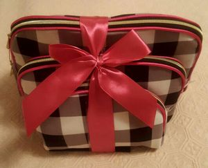 Cosmetic bag for Sale in Philadelphia, PA
