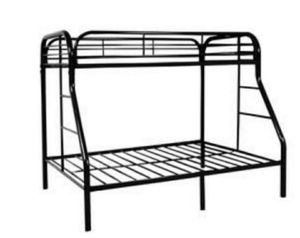 Metal Bunk Bed (Twin Over Full) for Sale in Clovis, CA