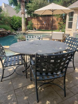 Outdoor Dining Set - Crate and Barrel for Sale in Flower Mound, TX
