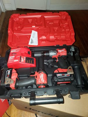 Milwaukee hammer drill and impact driver for Sale in Memphis, TN