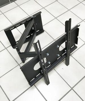 "New $30 Full Motion 23""-50"" TV Wall Mount Bracket 180 Degree Swivel Tilt, Max load 100Lbs for Sale in Whittier, CA"