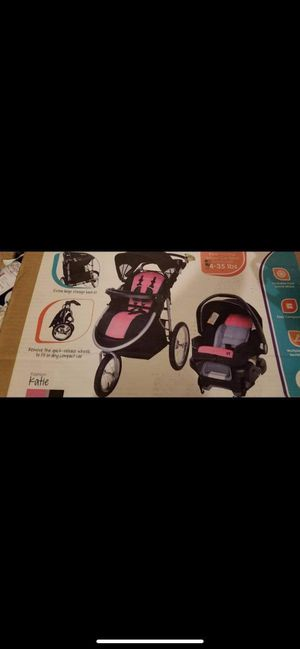 Stroller with car seat for Sale in E RNCHO DMNGZ, CA