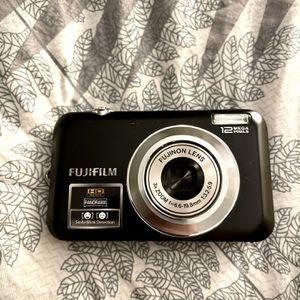 HD Camera, Fujifilm Finepix Jv100 for Sale in Dixon, CA