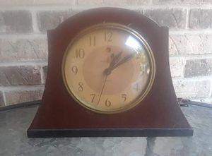 Antique Art Deco General Electric 6B12 Mantle Strike Clock (30's) for Sale in Altamonte Springs, FL
