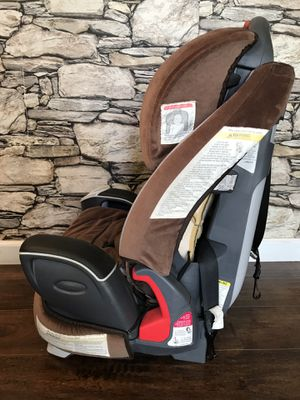 Graco 3 in 1 Car Seat boy/girl for Sale in Peoria, IL
