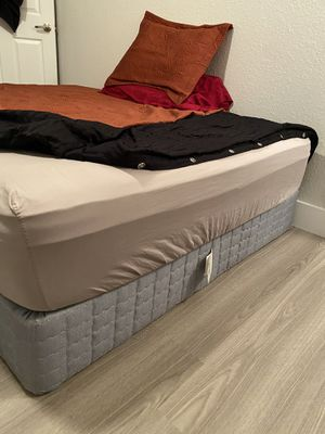Queen Size Box Spring for Sale in Southwest Ranches, FL