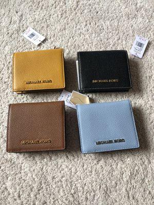 Michael kors wallet for Sale in Lafayette, CO