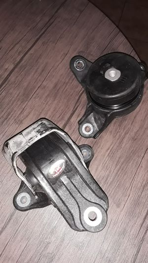 Mount bracket for acura part #PA66-GF50 for Sale in Dinuba, CA