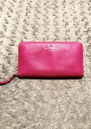Kate Spade Mikas Pond Lacey wallet paid $178 Good condition. Wraparound zip opens to a lined interior with a dividing zip pocket, checkbook compartme for Sale in Washington, DC