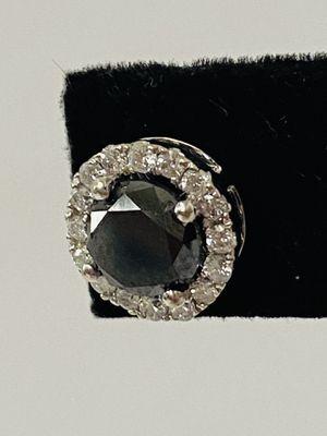 10k GOLD AND DIAMONDS EARRING (single earring) for Sale in Fort Lauderdale, FL
