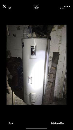 Hot water heater electric for Sale in Shamong, NJ