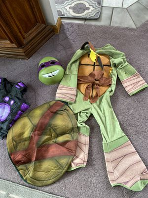 Costumes turtle / wild Krats for Sale in Garfield Heights, OH